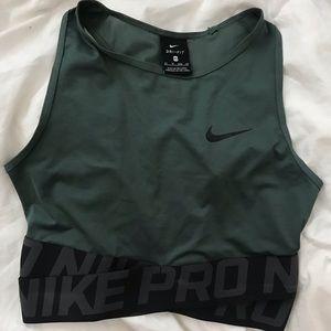 Women's Nike Pro Dri-Fit Intertwist Crop Top